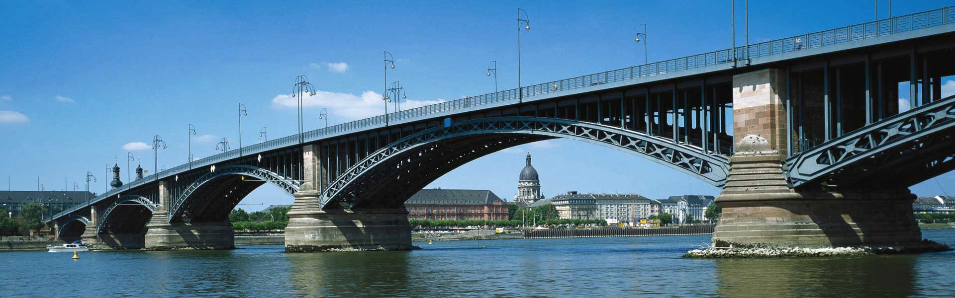 Theodor-Heuss-Bridge